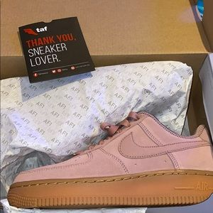New pink Air Force 1